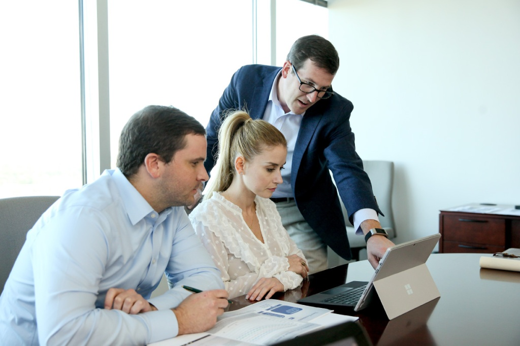 Ross Wyatt of Piedmont Wealth Partners Atlanta offers financial advising to a family.